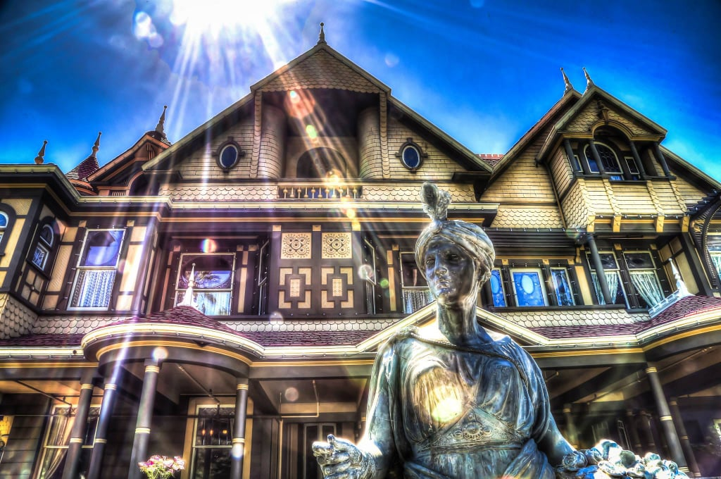 What Is the Winchester Mystery House – Sarah Winchester House Floor Plan