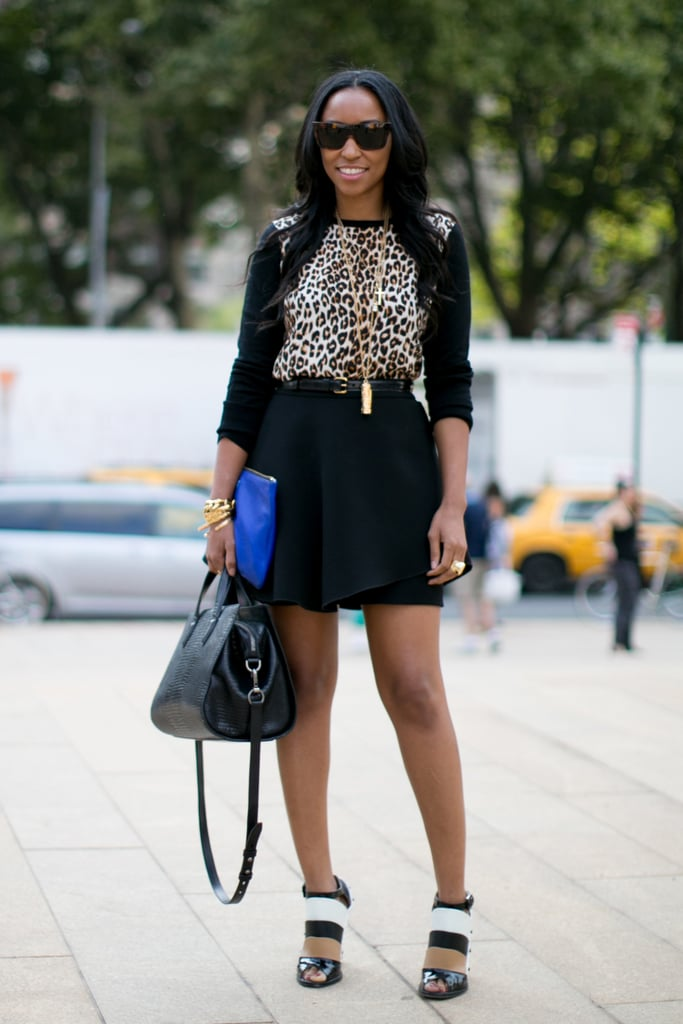 Just another reason we love Shiona Turini's style — she played it cool in a little leopard print and a pair of sleek black-and-white heels.