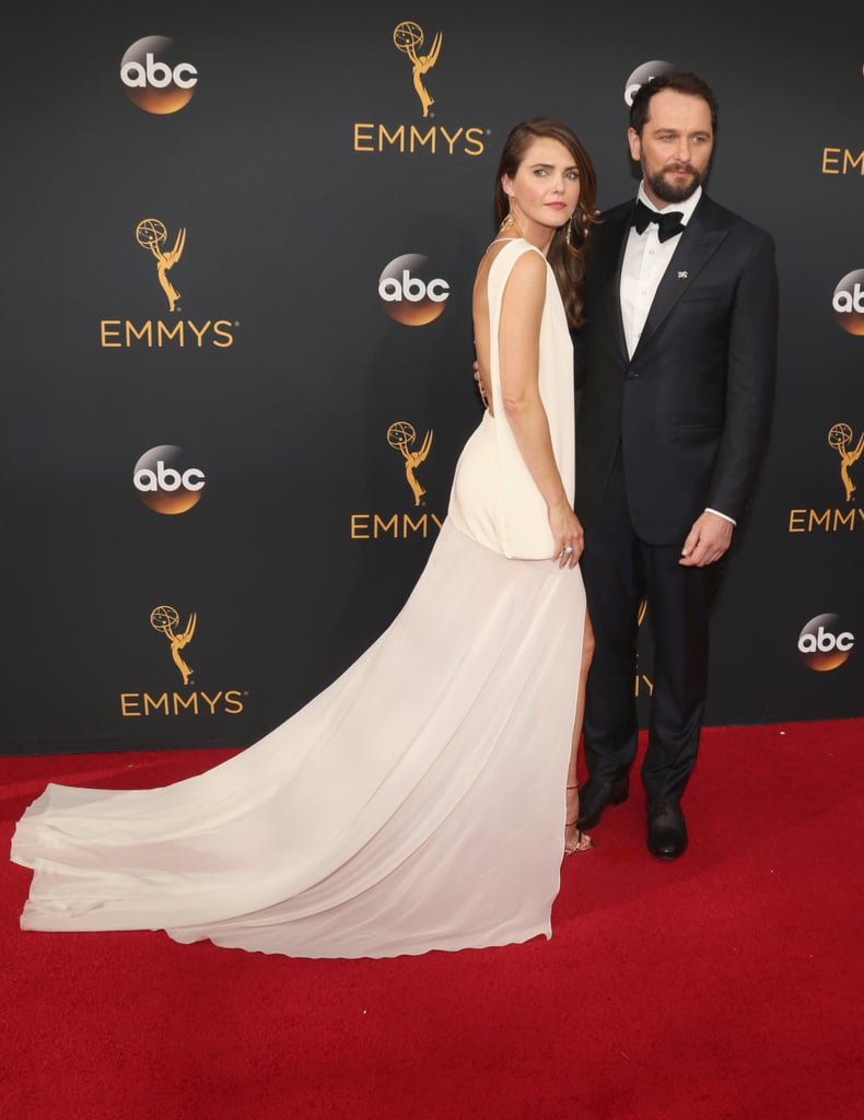 Keri Russell and Matthew Rhys at the 2016 Emmys | POPSUGAR ...