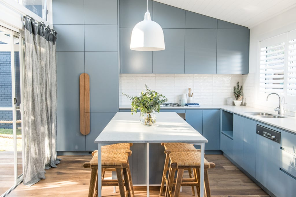 Houzz has seen a rise in cabinetry and handles that give a room character. Oversized and elongated wooden knobs work in kitchens or bedrooms.