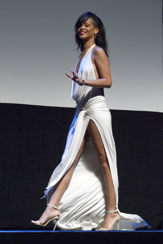 Rihanna looked sexy as she strode across stage at the LA premiere of Battleship.