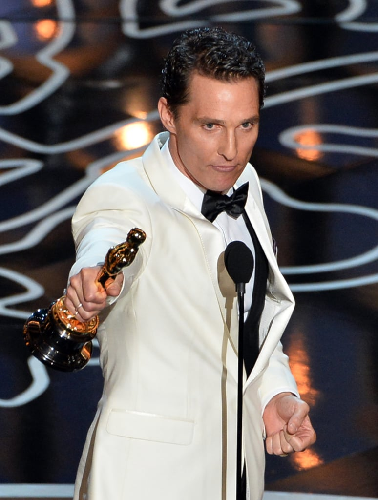 Matthew McConaughey showed off his Oscar.