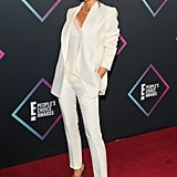 Victoria looked as chic as ever in a white suit and camisole at the People's Choice Awards.