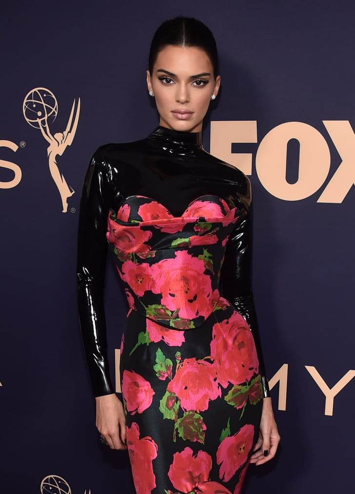 Kendall Jenner\u0027s Black Nail Polish Color at the 2019 Emmys