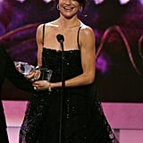 A brunette Cameron Diaz accepted the award for favorite leading lady in 2007.
