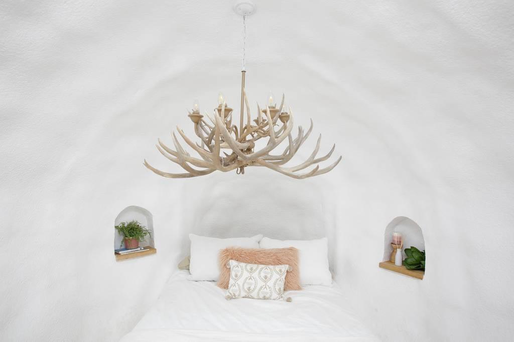 The Big Idaho Potato Hotel Airbnb