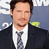 Peter Facinelli Models a Mustache For Tonight's Twilight Reunion!