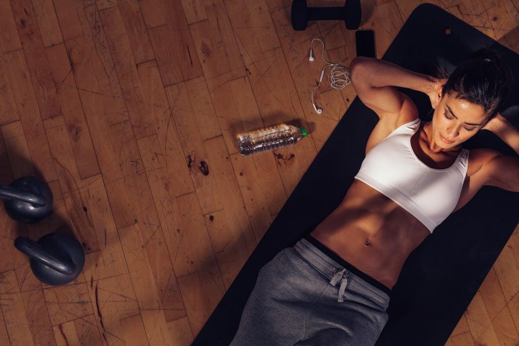 ما هي التمارين التي تساعد على إظهار عضلات المعدة؟
