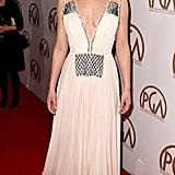 بدت الممثلة مبهرة بفستان برادا الطويل مع تزيينات متلألأة في حفل توزيع جوائز رابطة المنتجين لعام 2015.