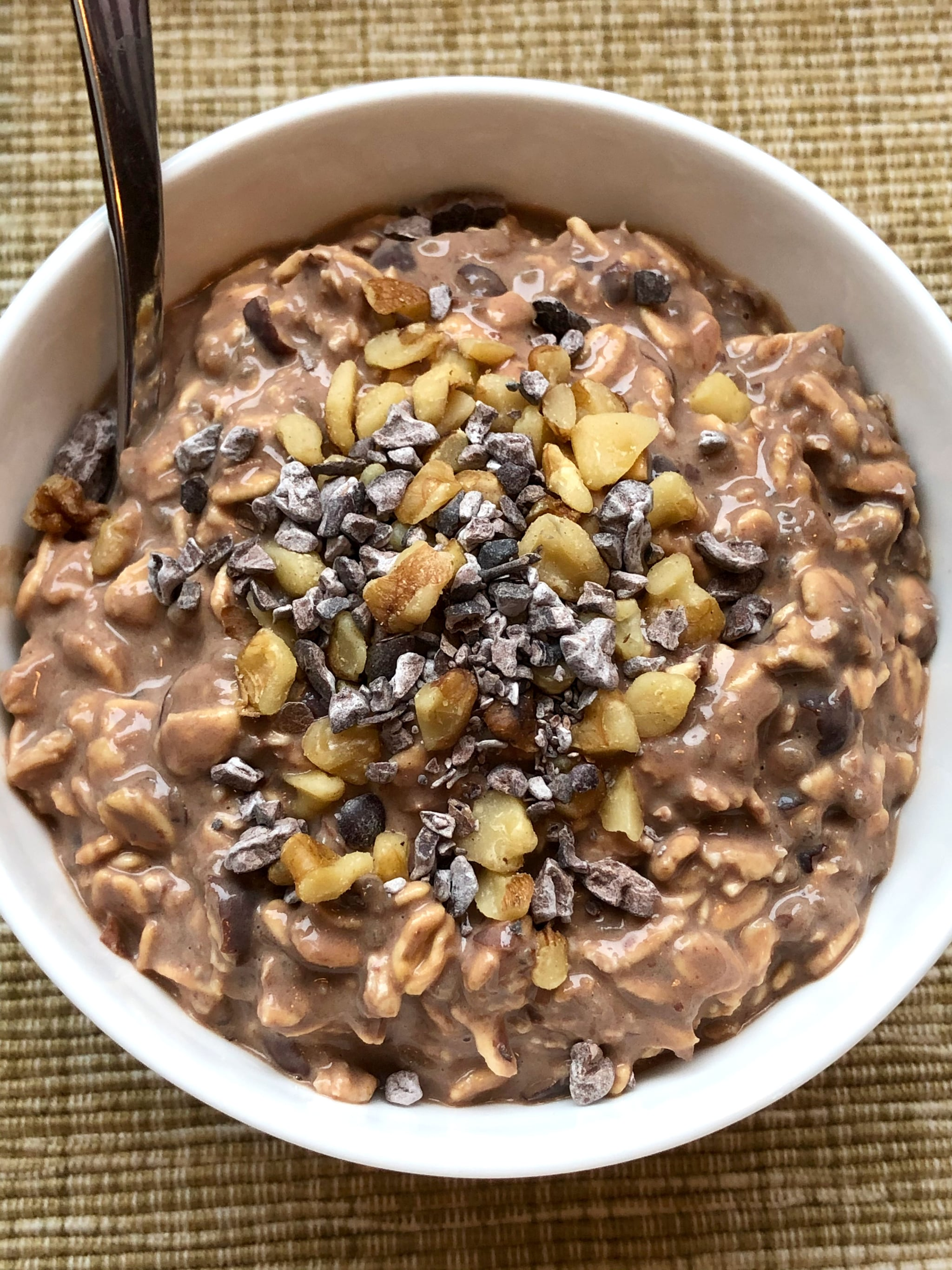 These Chocolate Walnut Brownie Overnight Oats Offer 17 Grams of Protein (No Protein Powder!)