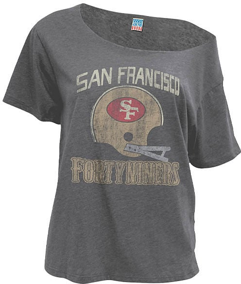 We love the laid-back, slouchy fit of Junk Food's San Francisco 49ers Tee ($35) — it would look great with a pair of red skinnies.