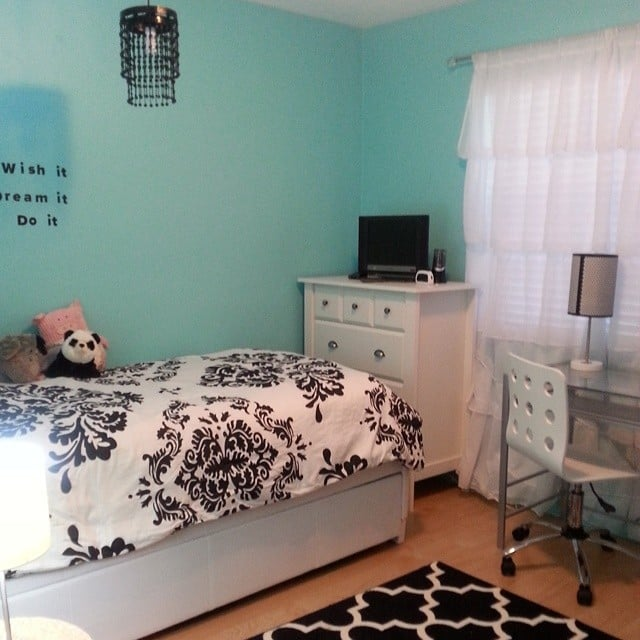 Black White And Teal All Over 15 Instagram Worthy Teen Bedrooms Popsugar Family Photo 5