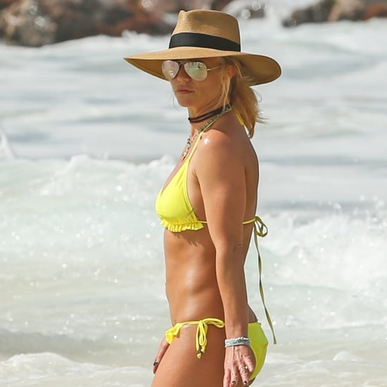 Britney Spears Wearing a Bikini and Ring in Hawaii Jan. 2018