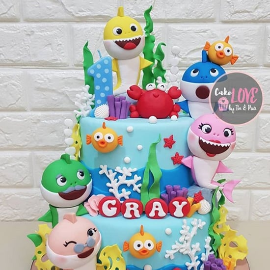 """Baby Shark"" Birthday Cake Ideas"
