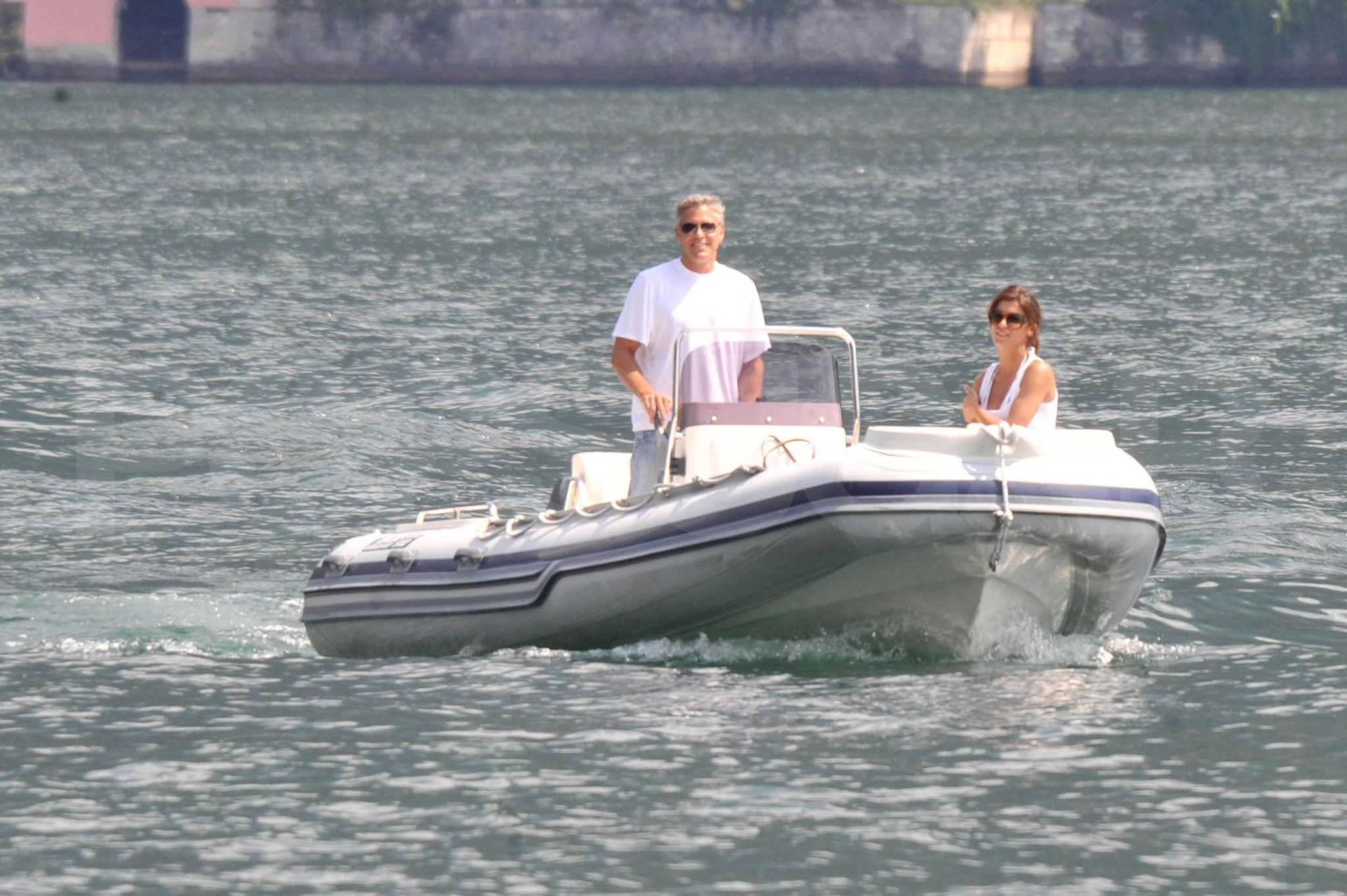 10 Sexy Movie Couplings That Melted The Screen Photos-George-Clooney-Elisabetta-Canalis-Boat-Lake-Como
