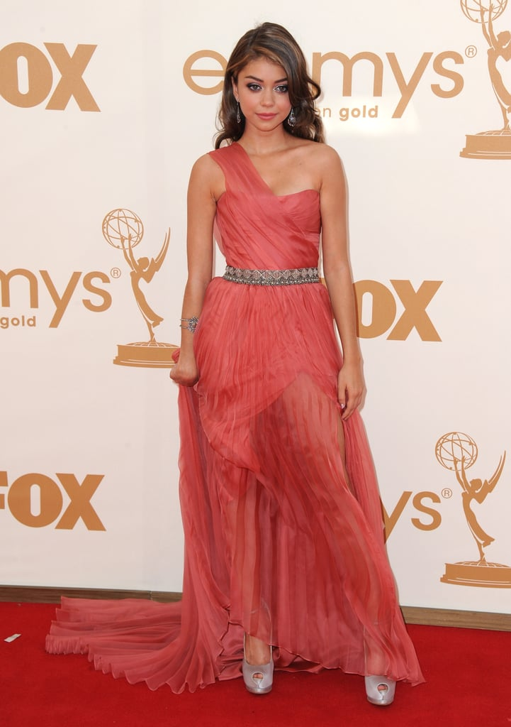 Sarah Hyland wore a one-strap dress to the 2011 Emmy Awards.