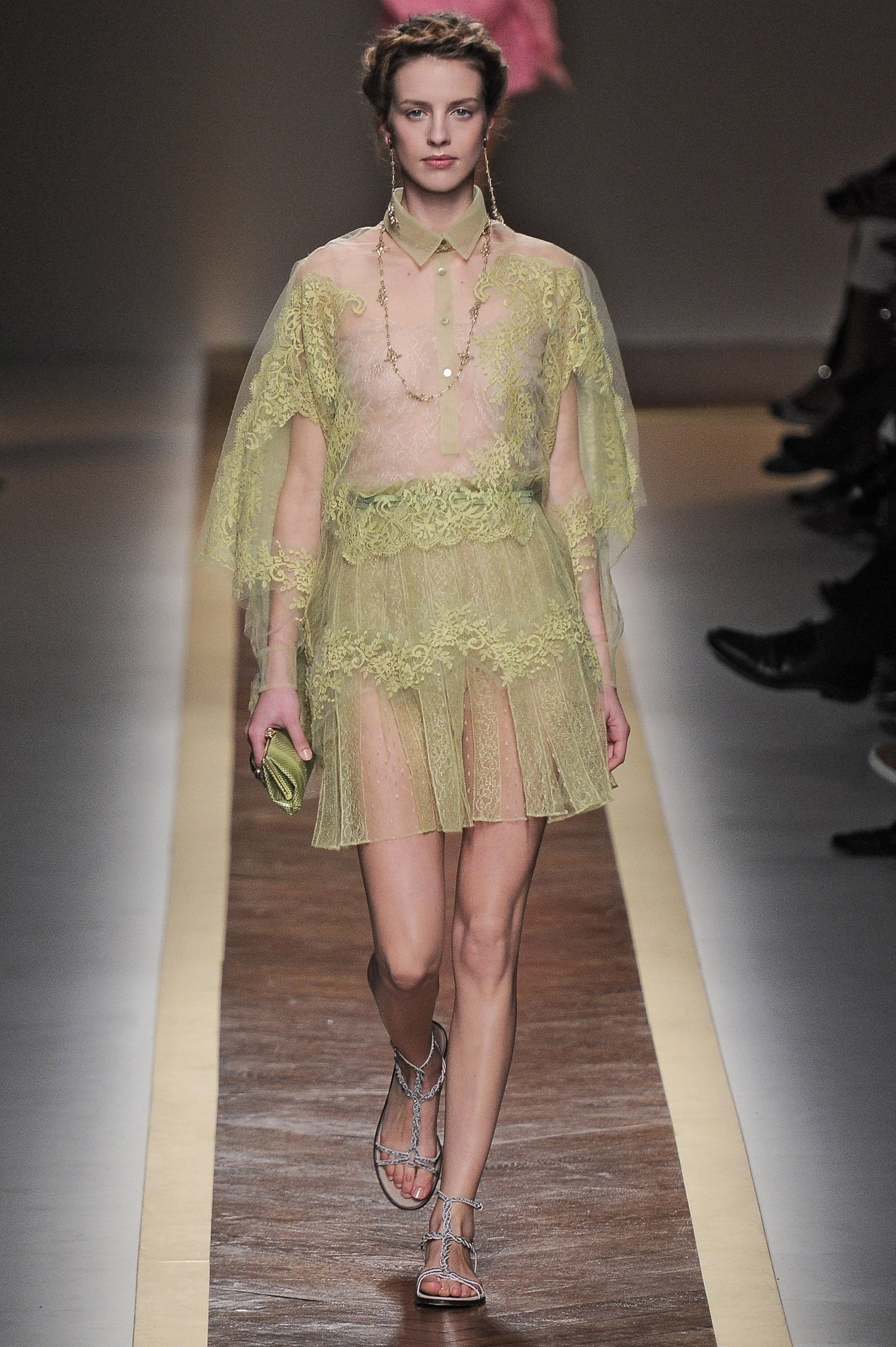 Review And Pictures Of Valentino Runway Show At 2012