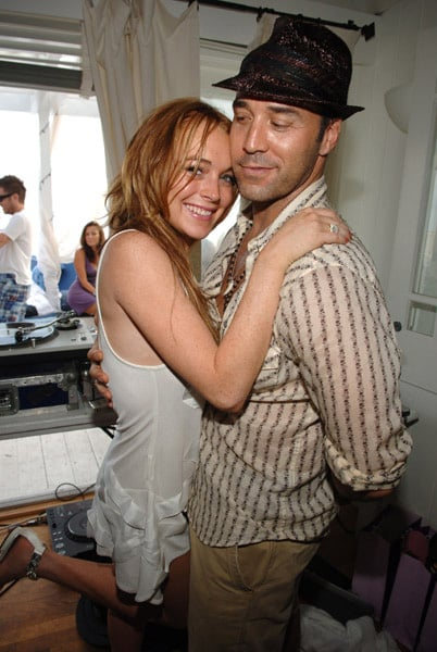 LL and Jeremy Piven Hug it Out