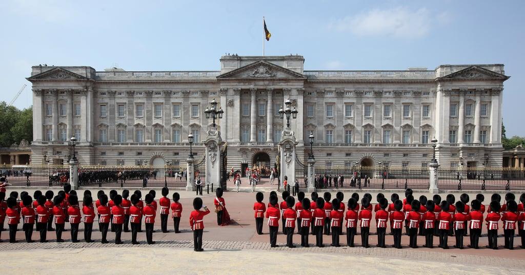 المكان: قصر باكنغهام