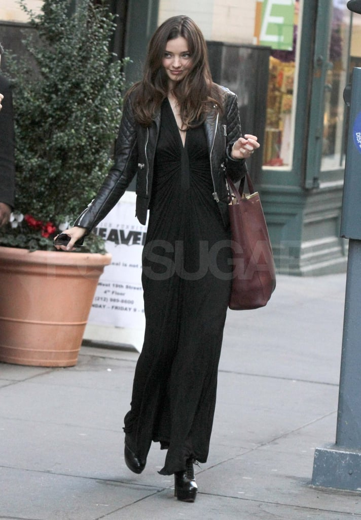 Miranda jazzed up her all black with her Céline bag.