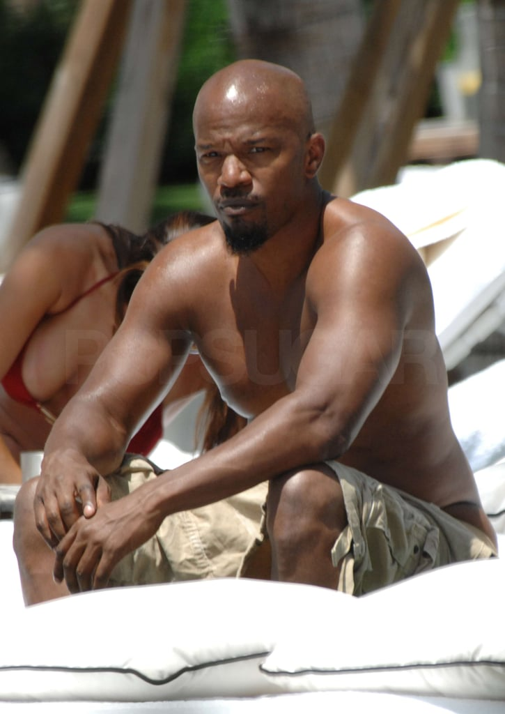 Pictures of Jamie Foxx Shirtless