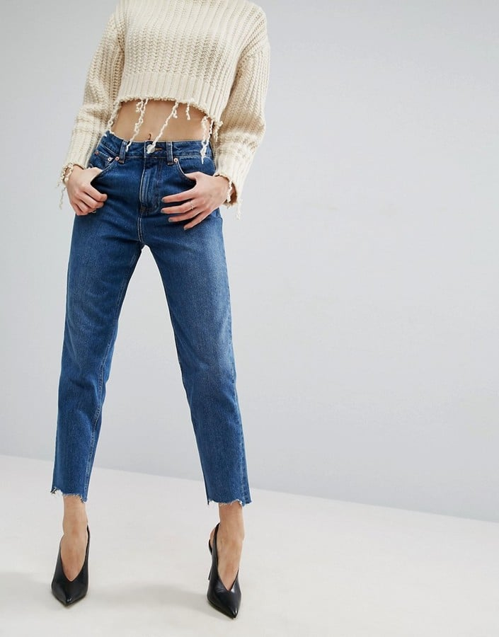 Jeans With Stepped Hems