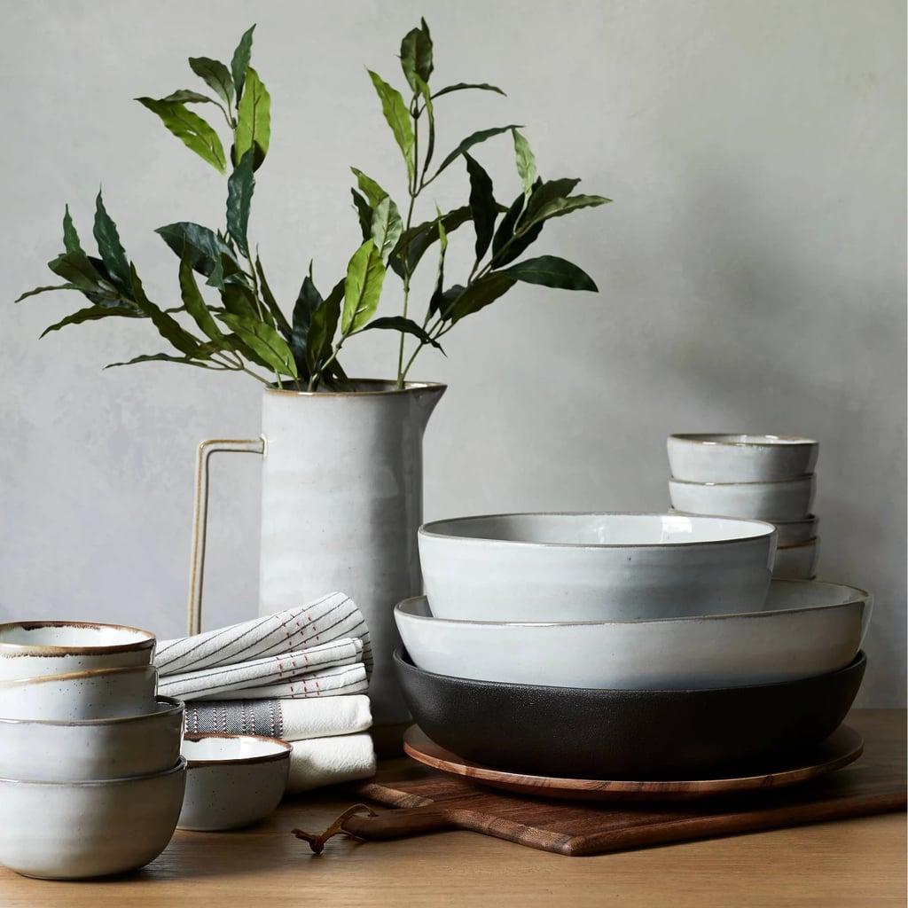 Stoneware Serve Bowl in Black