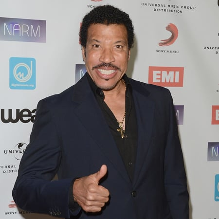 Lionel Richie Performing on The Voice Australia Grand Final Show 2012