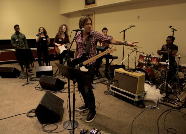 Keith Urban rehearsed for his ACA performance. Source: Twitter user KeithUrban