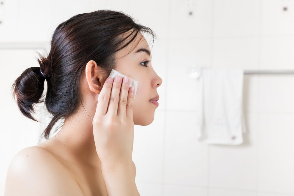 Use Sanitary Tools to Apply Skin Care and Makeup