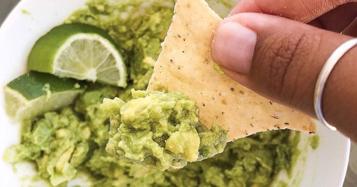 This Copycat Recipe For Chipotle Guacamole Might Be Better Than the Original (and It's Cheaper)