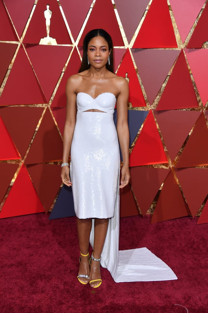 Celebs Like Naomie Harris Also Debuted the Mismatched Style