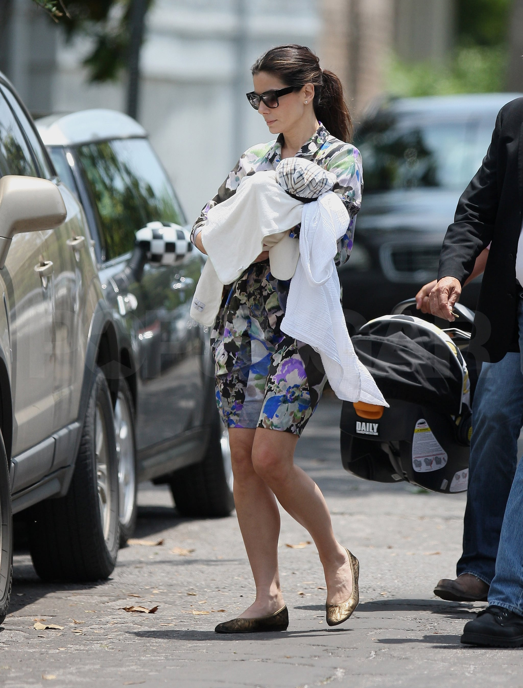 pictures of sandra bullock with son louis bullock in new