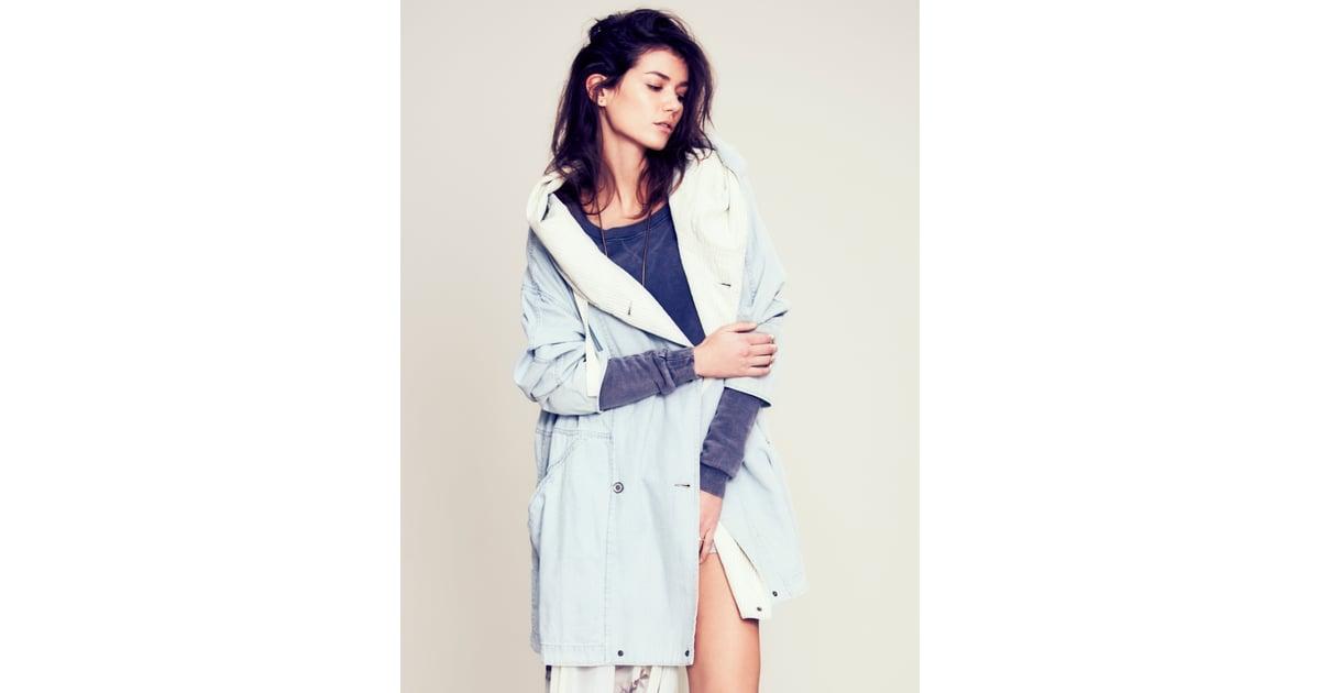free people light denim coat 228 pastellfarbener mantel im fr hjahr im trend popsugar. Black Bedroom Furniture Sets. Home Design Ideas