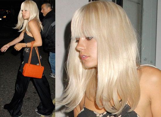 23/06/2009 Lily Allen in a Blonde Wig