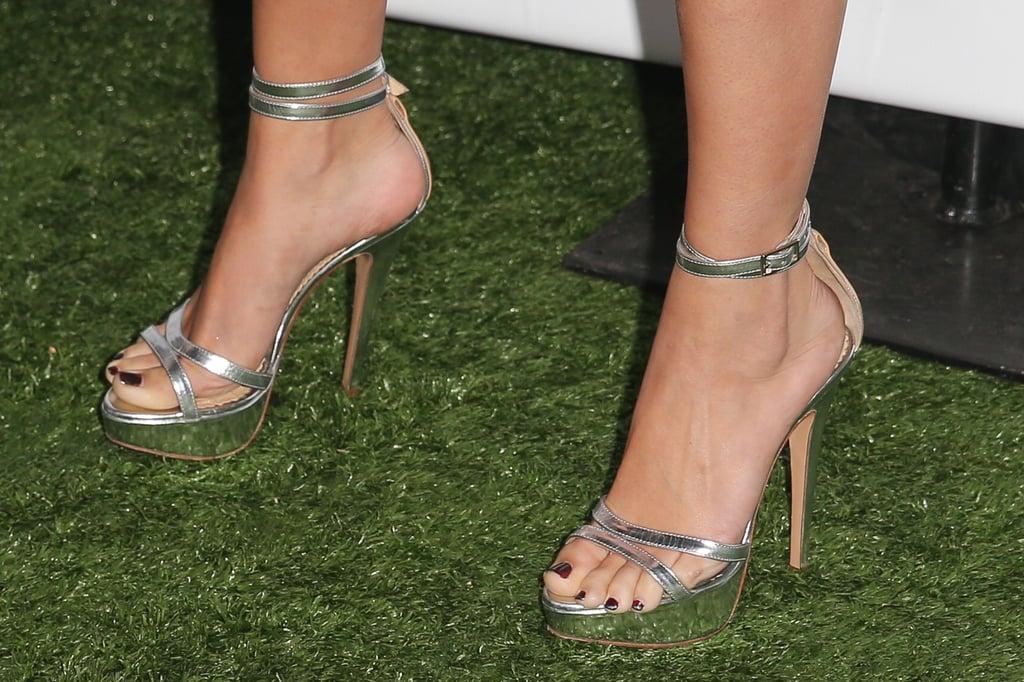 Selena Gomezs Sexiest Shoes Popsugar Latina Photo 11