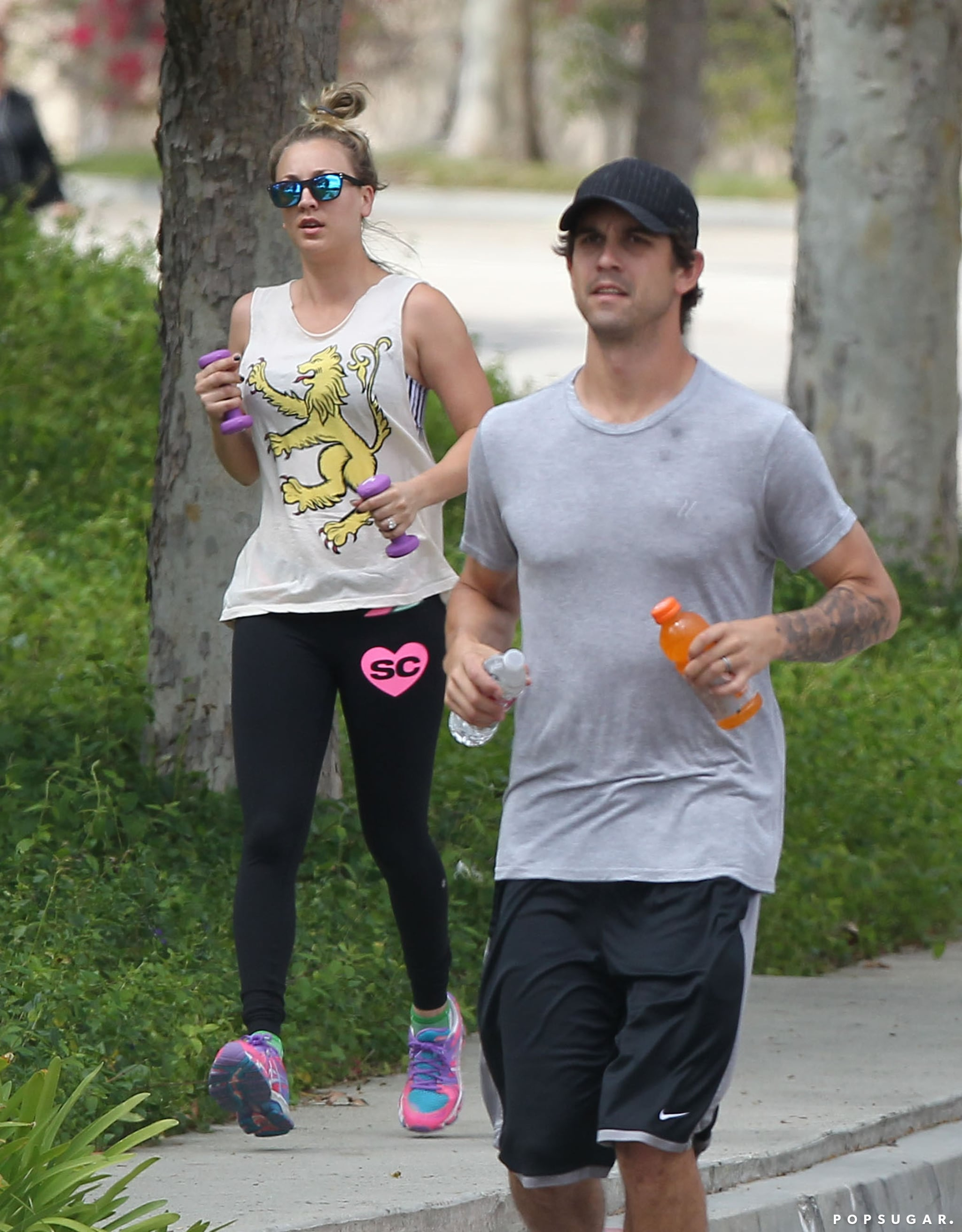 Kaley Cuoco And Ryan Sweeting Kiss During Workout Pictures Popsugar Celebrity