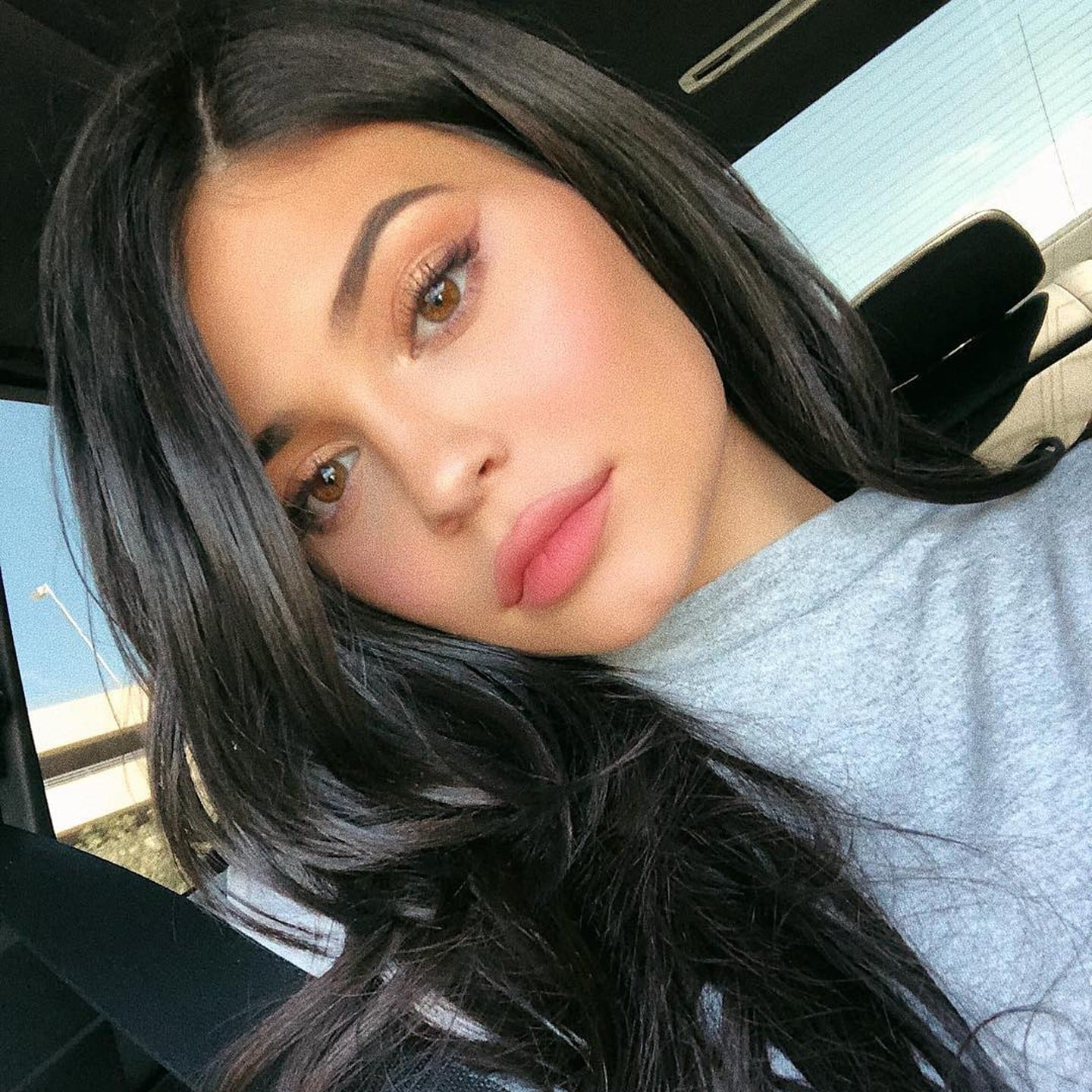 Kylie Jenner Eyeliner Tutorial on Instagram Stories | POPSUGAR Beauty