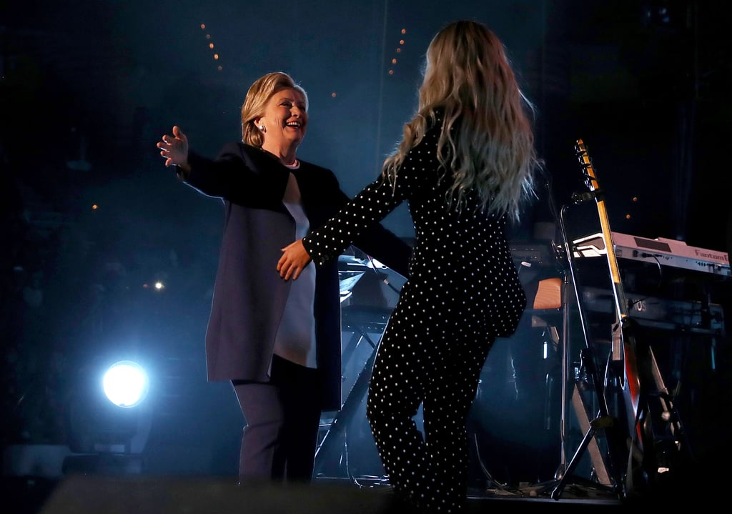 beyonce knowles and jay z at hillary clinton concert 2016 popsugar celebrity photo 3. Black Bedroom Furniture Sets. Home Design Ideas