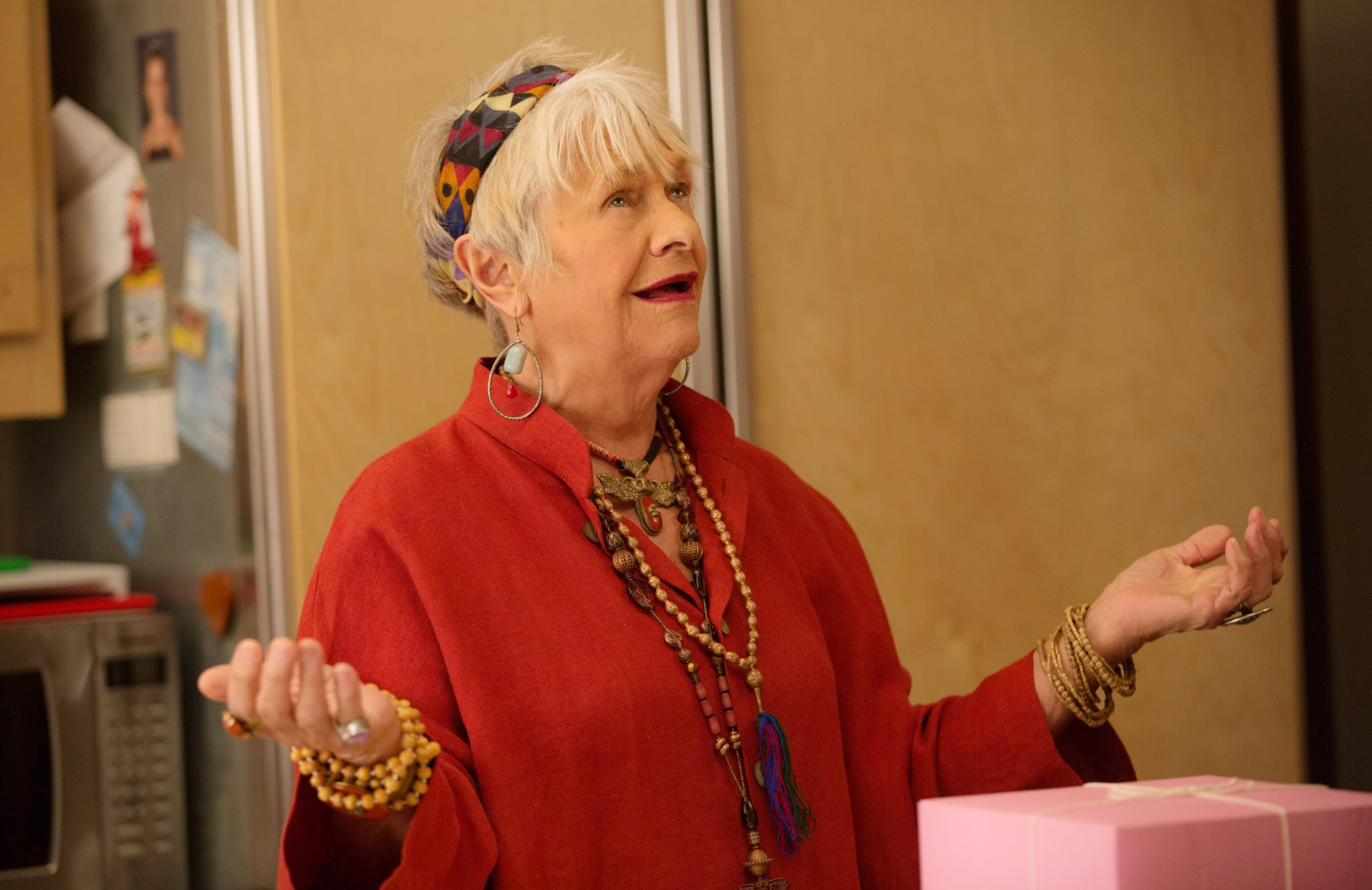 GRACE AND FRANKIE, Estelle Parsons, 'The Party', (Season 2, ep. 212, airs May 6, 2016). photo: Karen Ballard / Netflix / courtesy Everett Collection