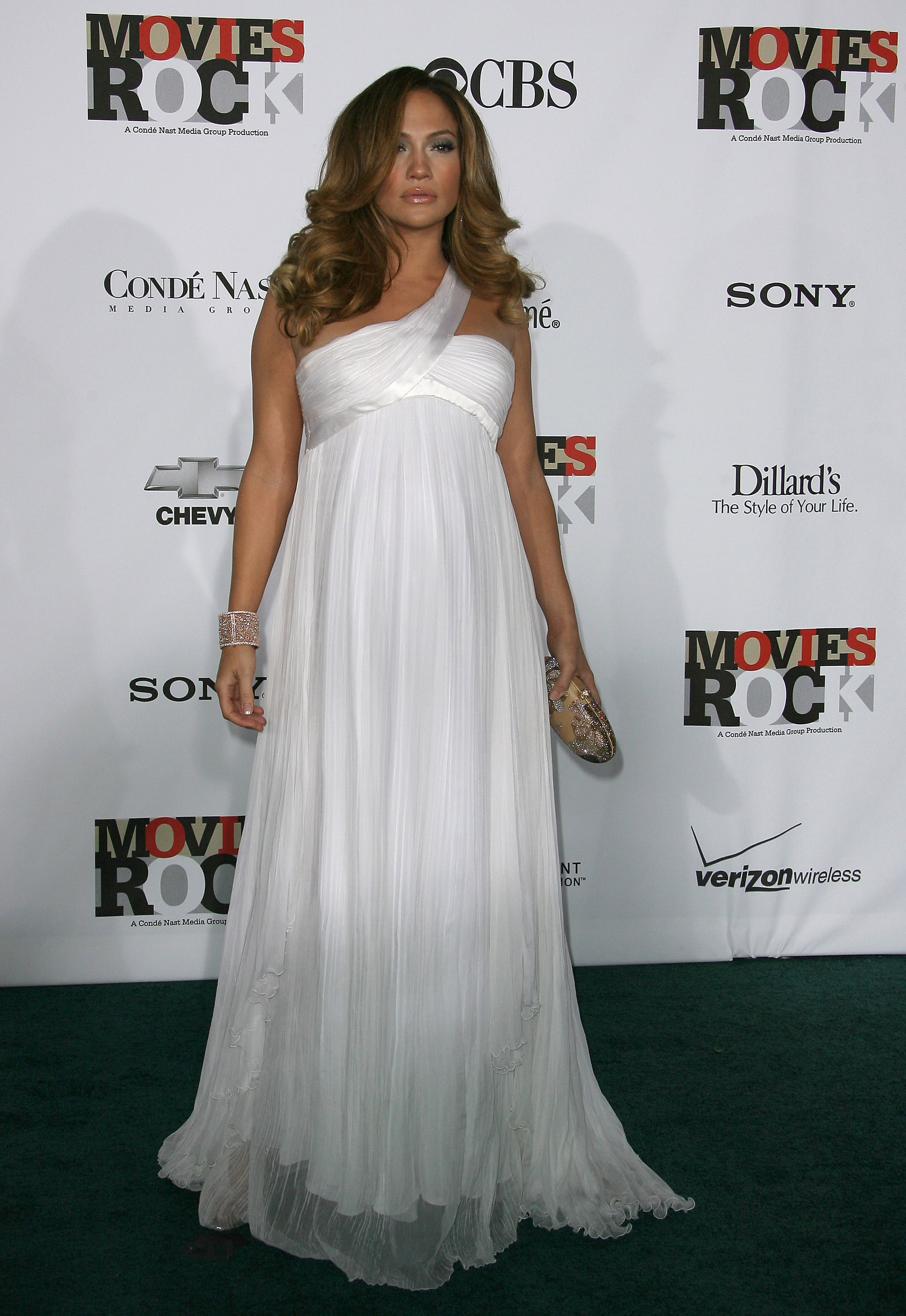 Glowing and pregnant at a 2007 Conde Nast event.