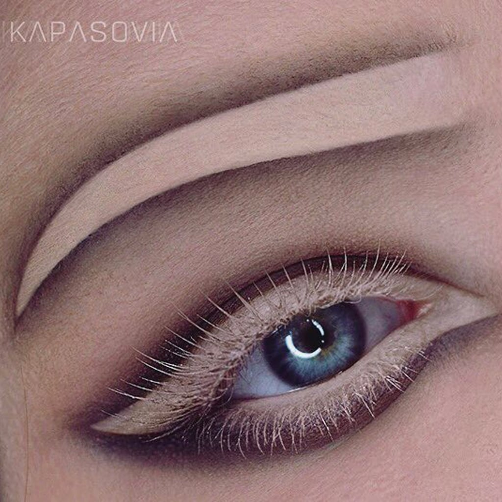 Negative Space Brow Trend