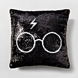 Harry Potter Throw Pillow in Black / Gold