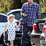 Ben Affleck got out of the car with Seraphina and Violet Affleck.