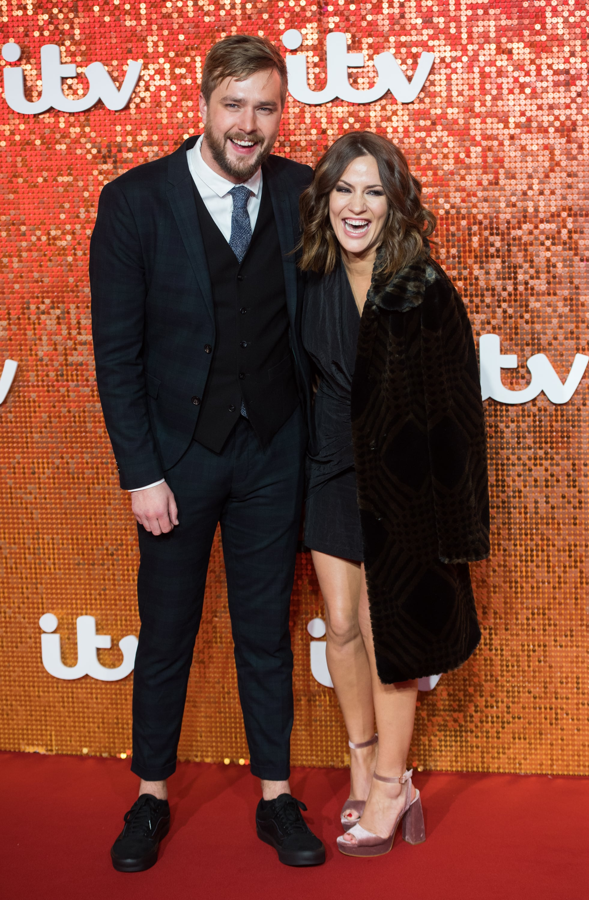 LONDON, ENGLAND - NOVEMBER 09:  Caroline Flack and Iain Stirling arriving at the ITV Gala held at the London Palladium on November 9, 2017 in London, England.  (Photo by Samir Hussein/WireImage)