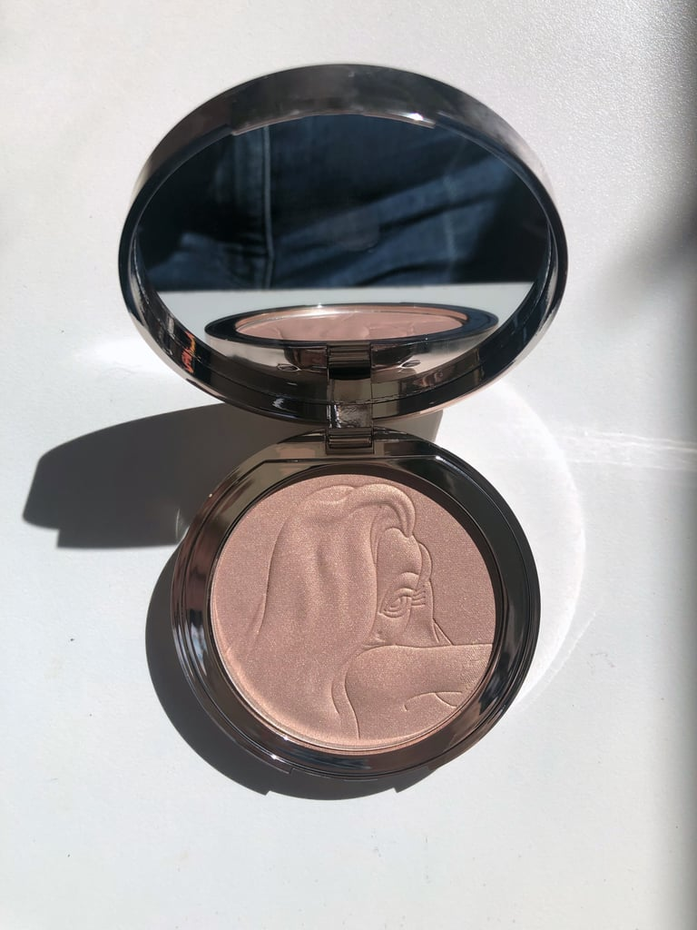 Ciaté x Jessica Rabbit Collection Glow-To Illuminating Powder Highlighter in Roger, Darling!