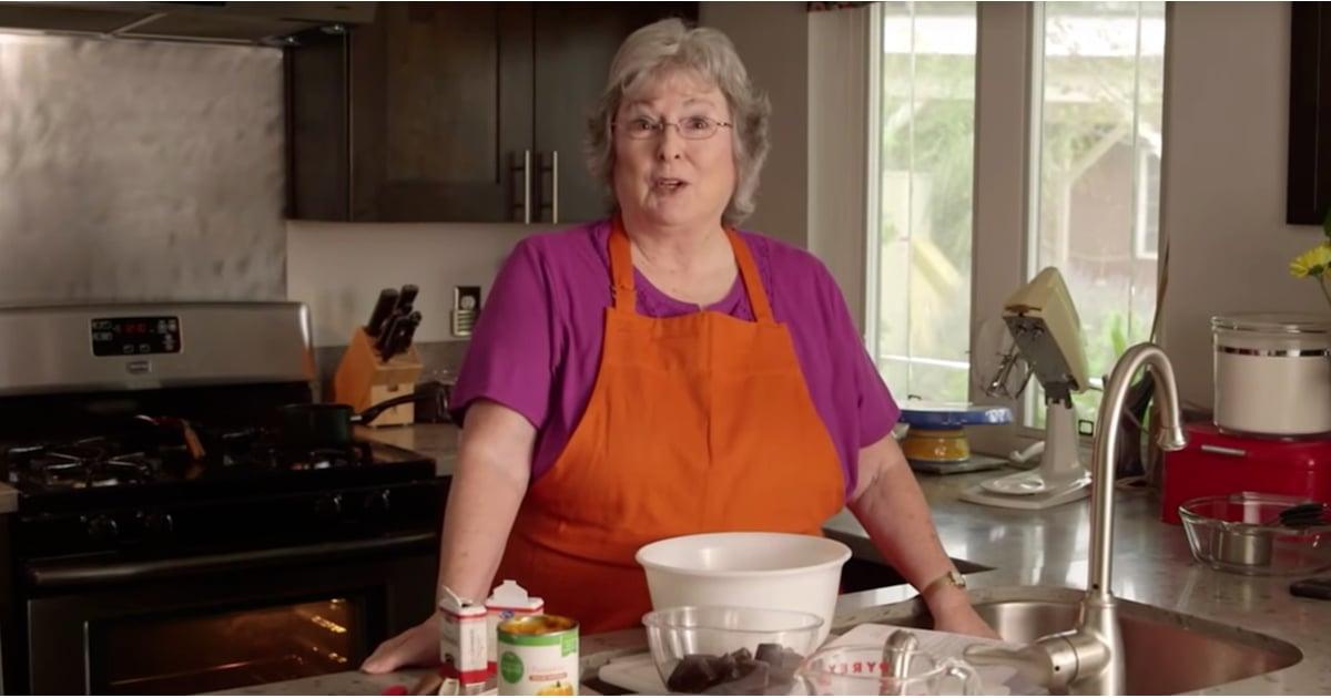 Cursing grandma 39 s funny gluten free cake tutorial for Granny pottymouth bakes a vegan cake