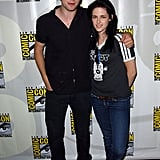 Robert Pattinson and Kristen Stewart posed together in jeans at Comic-Con in 2008.