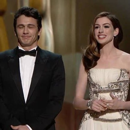 Anne Hathaway Jokes About Hosting Oscars 2019
