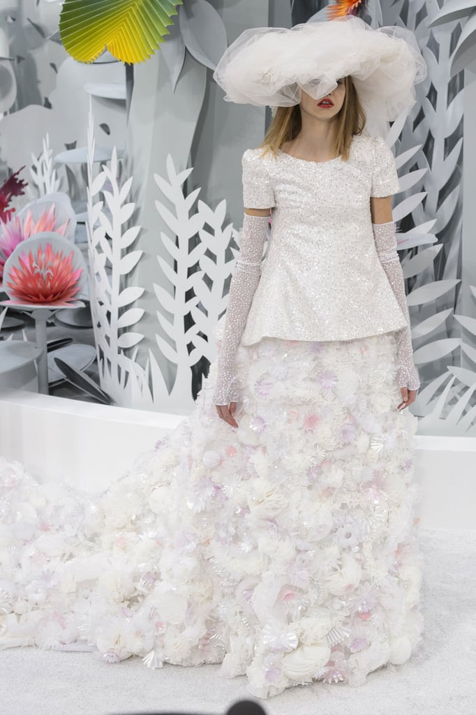 Wedding dresses paris haute couture fashion week 2015 for Chanel haute couture 2015
